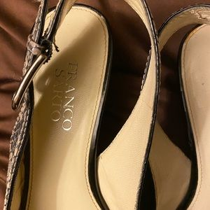 Franco Sarto Open toe, sling back pump.